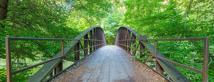 Cheatham Hill Park is one of 7 of Atlanta's best running trails.