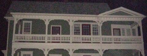 Decatur Ghost Tour is one of สถานที่ที่บันทึกไว้ของ Lauren.
