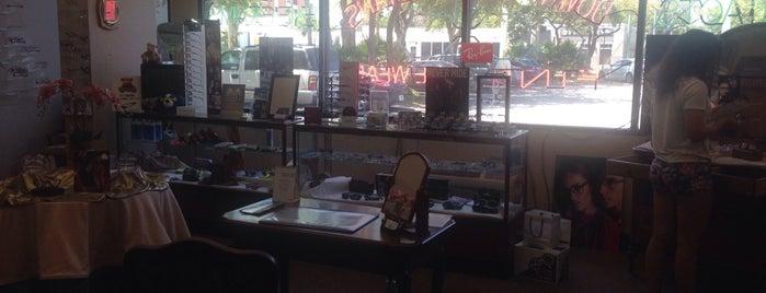 Downtown Opticians is one of Locais curtidos por Logan.