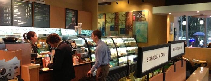 Starbucks is one of Lugares favoritos de Dr. Fabio.