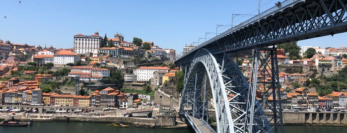Oh! Porto Apartments is one of Porto.