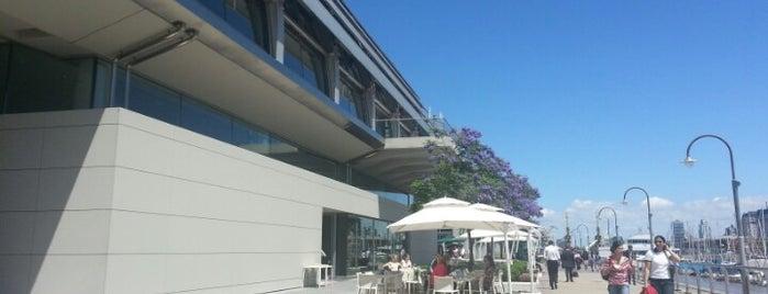 La Colección Café & Restaurante is one of Bistrôs Buenos Aires (Alex Herzog).