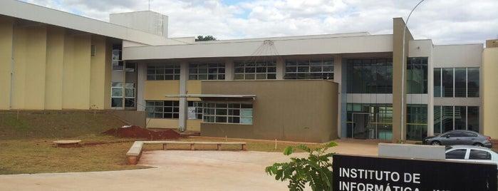 Instituto de Informática (INF) is one of UFG (Câmpus II).