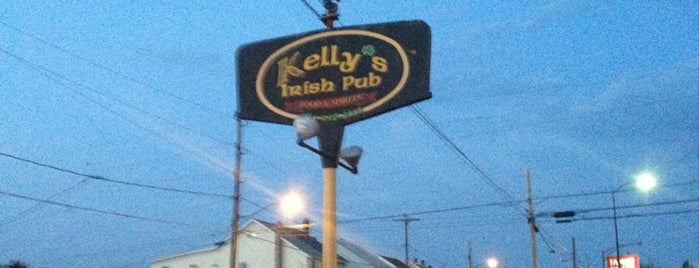 Kelly's Irish Pub is one of Posti salvati di Lizzie.