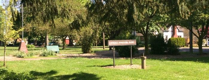 Norma Pfeiffer Park is one of Posti che sono piaciuti a Jared.