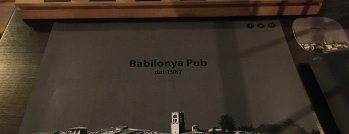 Babilonya Pub is one of Tempat yang Disukai Viola.