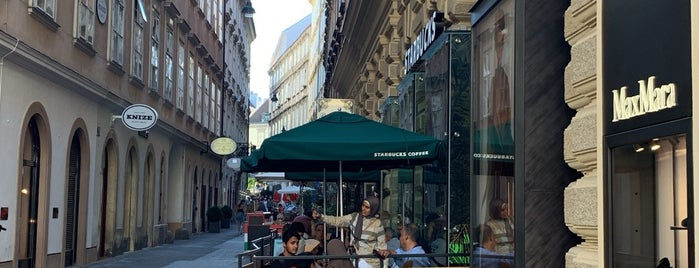 Starbucks is one of Orte, die Richard gefallen.