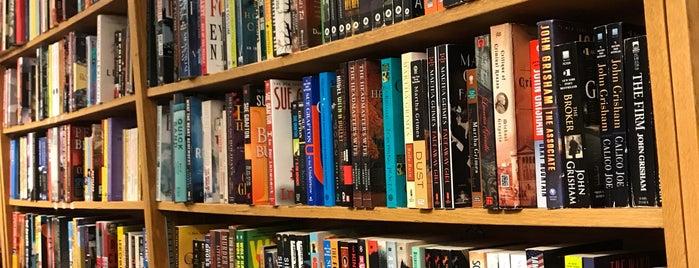 Harvard Book Store is one of Miguel'in Beğendiği Mekanlar.