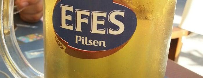 Penguen Efes Beer Cafe is one of Sinan 님이 좋아한 장소.