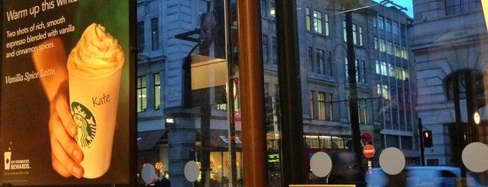 Starbucks is one of Orte, die Sergei gefallen.
