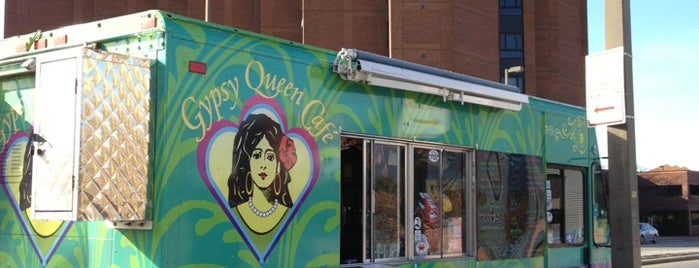 Gypsy Queen Cafe Food Truck is one of Orte, die Leandro gefallen.