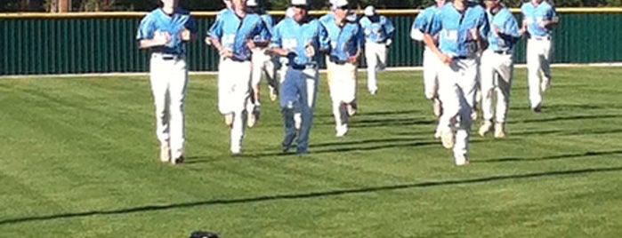 Westurban Baseball is one of สถานที่ที่ Kris ถูกใจ.