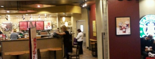 Starbucks is one of Locais curtidos por Mimi.