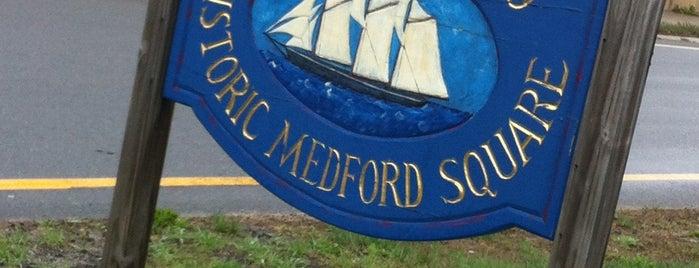 Medford Square is one of Tempat yang Disukai Darren.