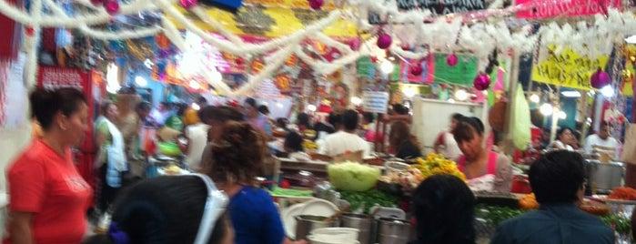Mercado de Xochimilco is one of Mexico's BEST! = Peter's Fav's.