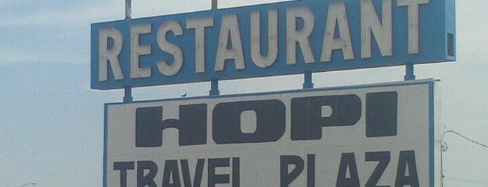 Hopi Travel Plaza is one of Orte, die Hilda gefallen.