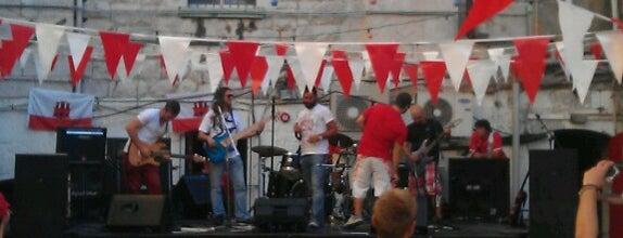 Rock On The Rock Club is one of tredozio.