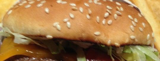 Red Robin Gourmet Burgers and Brews is one of David'in Kaydettiği Mekanlar.