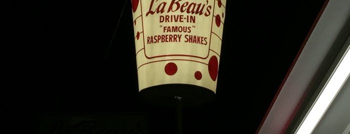 La Beau's Drive -in is one of Orte, die Philip gefallen.