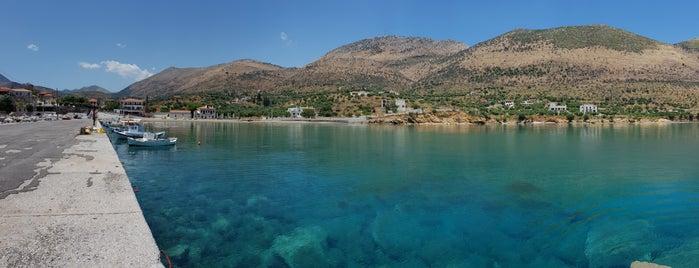 Παραλία Κοτρωνα is one of Ifigenia : понравившиеся места.