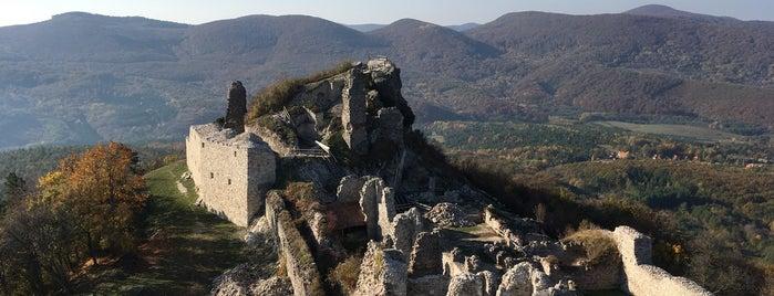Regéc vára is one of Sárospatak.