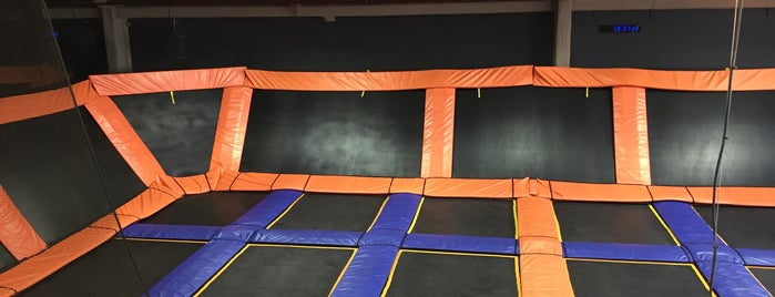Sky Zone is one of Posti che sono piaciuti a Matt.