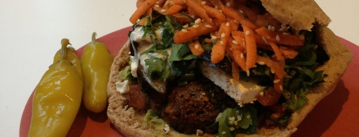 Moorish Falafel Bar is one of Posti che sono piaciuti a Lisa.