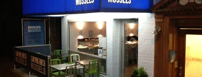 Flex Mussels is one of Lieux sauvegardés par Pignot.