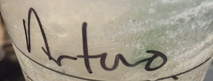Starbucks torres lindavista is one of Tempat yang Disukai Chio.
