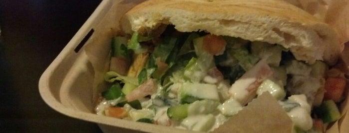 Kabab Burger is one of Posti che sono piaciuti a Dark.