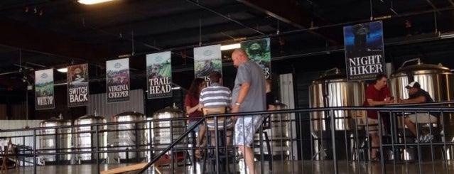 Soaring Ridge Brewers is one of สถานที่ที่บันทึกไว้ของ Samantha.