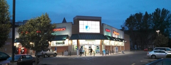 Walgreens is one of MNさんのお気に入りスポット.