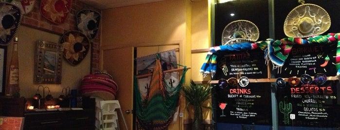 Sombrero's Mexican Restaurant is one of Orte, die Dmitry gefallen.