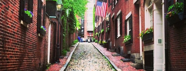 Acorn Street is one of #BeRevered: Best of Beacon Hill.
