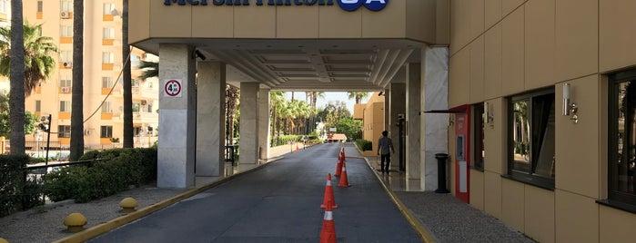 Hilton is one of Orte, die Faruk gefallen.