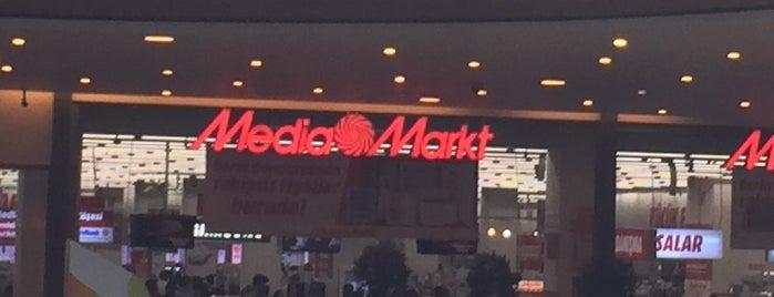 MediaMarkt is one of Orte, die Faruk gefallen.