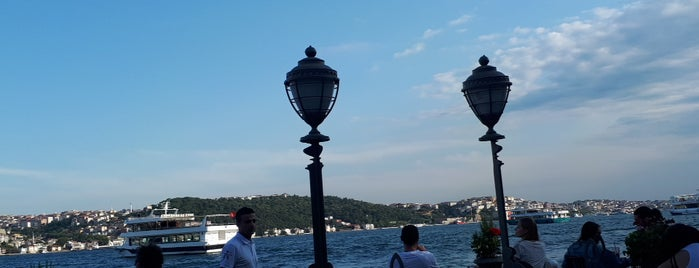 The House Hotel Bosphorus is one of Locais curtidos por Can.