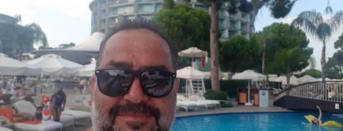 Calista Luxury Resort is one of Tempat yang Disukai Can.