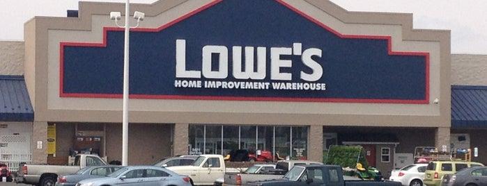 Lowe's is one of Posti che sono piaciuti a Steve.