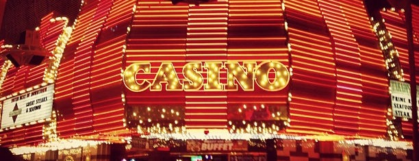Fremont Hotel & Casino is one of Lugares favoritos de David.