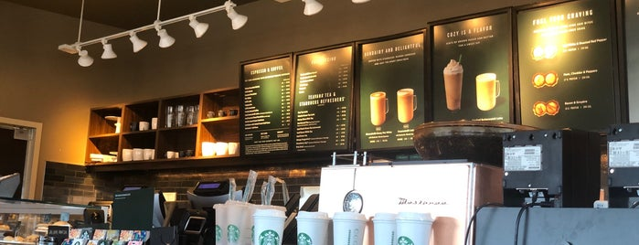 Starbucks is one of Robさんのお気に入りスポット.