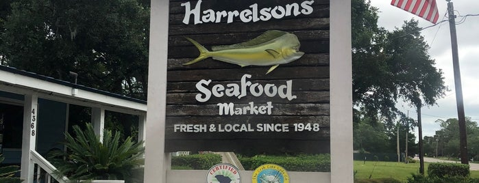 Harrelson's Seafood Market is one of Lizzie 님이 저장한 장소.