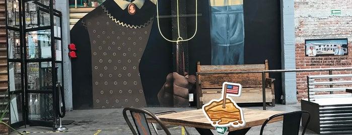 Pinche Gringo BBQ Warehouse is one of Lugares favoritos de Klelia.