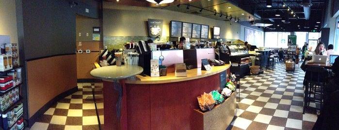 Starbucks is one of Nathan 님이 좋아한 장소.