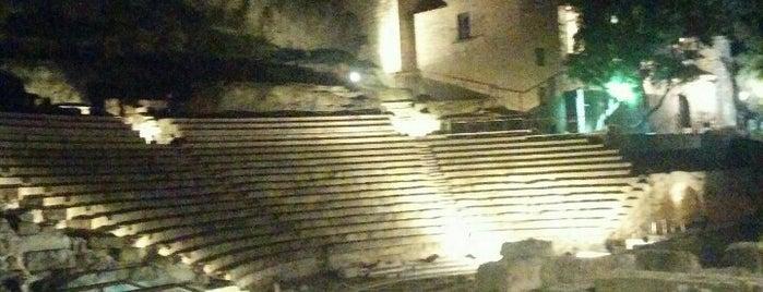 Teatro Romano is one of สถานที่ที่ Rafa ถูกใจ.