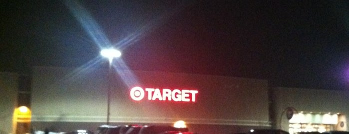 Target is one of Lieux qui ont plu à Shelley.