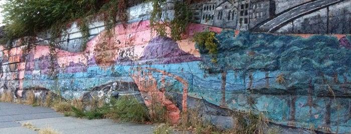 Jersey City Art Museum Public Art Mural is one of Lieux qui ont plu à Paco.