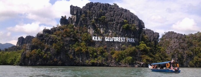 The Kilim Karst Geoforest Park is one of Langkaw.