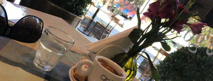 Cafe Philosophie is one of Locais salvos de Alexandre.