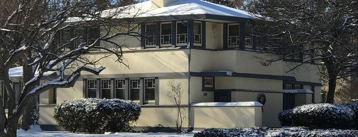 William B. Greene House is one of Frank Lloyd Wright.